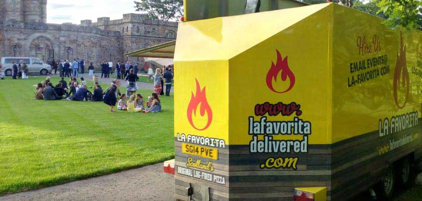 LA-FAVORITA-DELIVERED-Edinburghs-Favoutite-Italians-Trailer-Catering-2